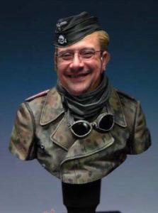 Retrato de Pere cuando trabajaba de busto en un museo militar